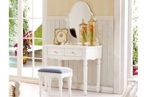 toilette trucco con specchio e sgabello bellissima