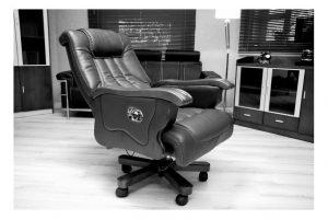 poltrona da ufficio con schienale reclinabile